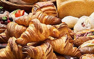 菰野町 アクアイグニス「パン世界大会3位入賞」のシェフとパンは!