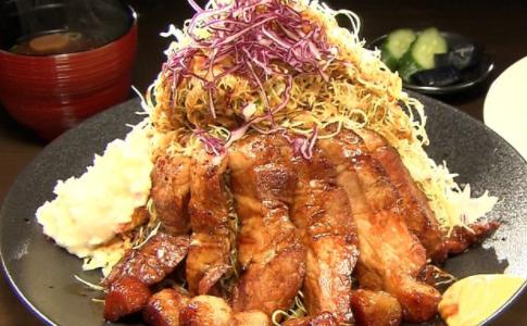 【バナナマンせっかくグルメ】四日市『トンテキ』『麻婆豆腐』ギャル曽根が満喫